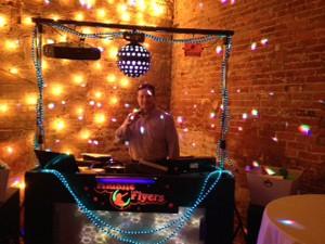 DJ Ron Fray
