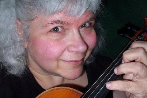 Esther - Violinist